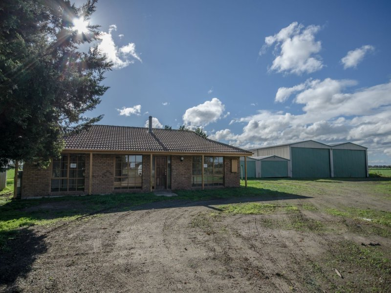 35 Factory Road, Yannathan, Vic 3981