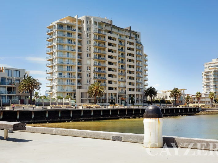 604/127 Beach Street, Port Melbourne, Vic 3207