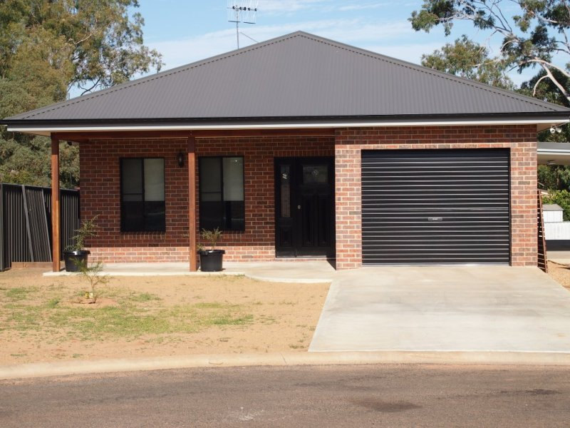 9 Randall Place, Condobolin, NSW 2877