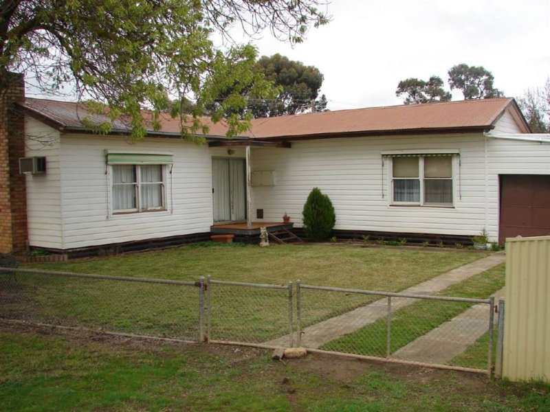 10 Yarrock Street, Kaniva, Vic 3419
