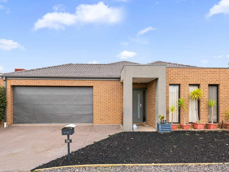 13 Lambertia Loop, Caroline Springs, Vic 3023