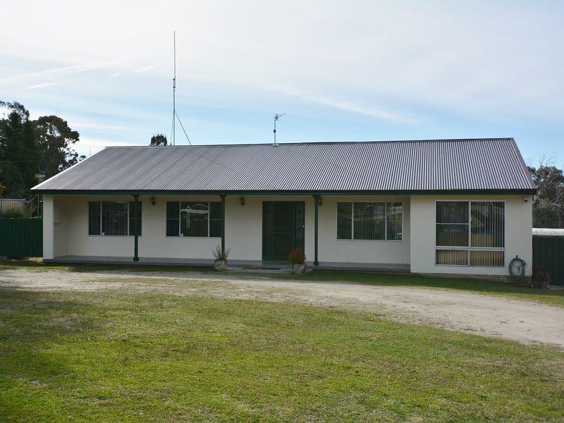 62 Oakey Forest Road, Marrangaroo, NSW 2790