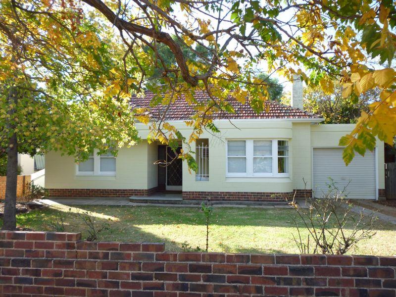 10 Edward Street, Cumberland Park, SA 5041