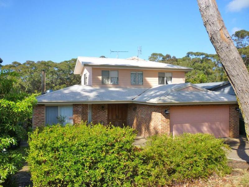 17 Allambee Street, South Durras, NSW 2536