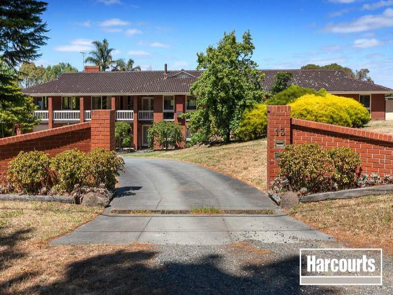 13 Oatlands Road, Narre Warren North, Vic 3804
