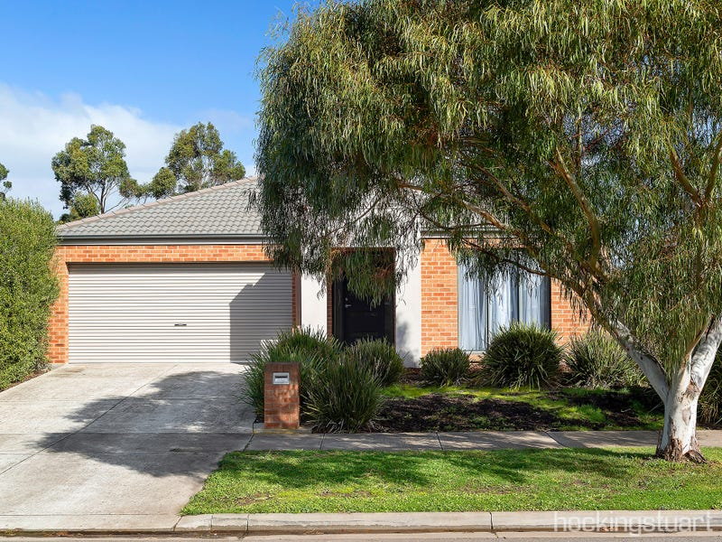 6 Delaney Drive, Miners Rest, Vic 3352