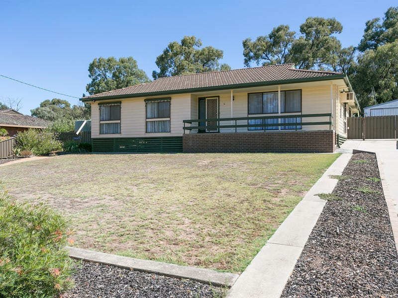 6 Averys Road, Eaglehawk, Vic 3556