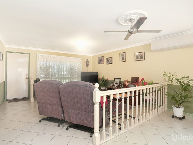 12 Chiltern Place, Sandstone Point, Qld 4511