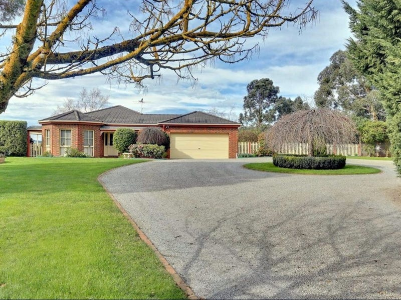 185 Mountain Road, Gembrook, Vic 3783