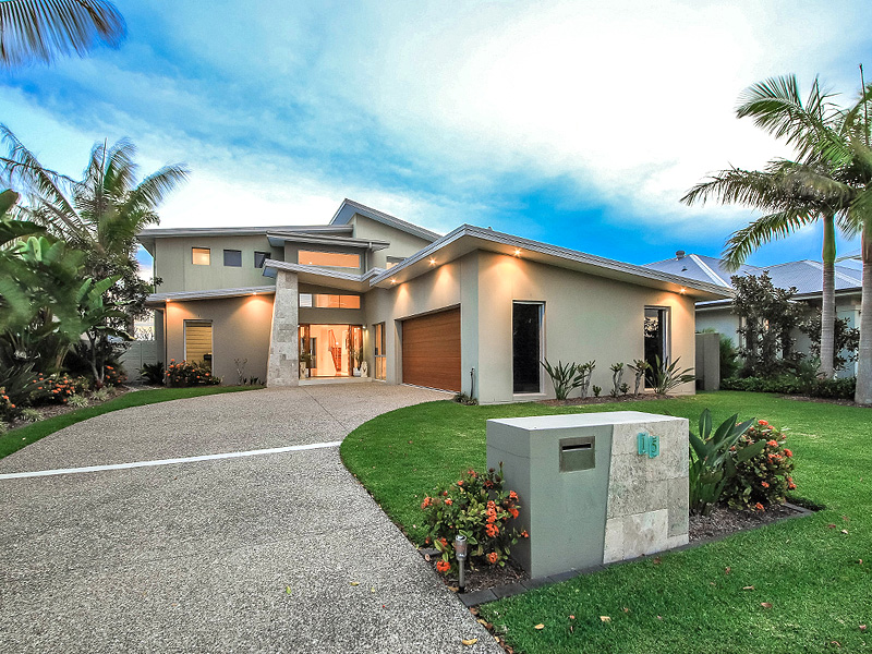 15 Windward Place (Calypso Bay), Jacobs Well, Qld 4208
