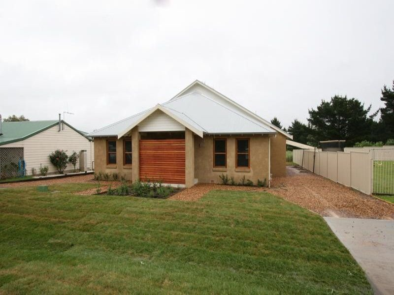 11-11A Unwin Street, Millthorpe, NSW 2798