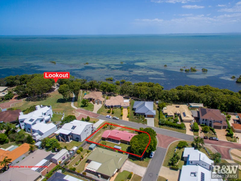 5-7 Loftus Place, Sandstone Point, Qld 4511