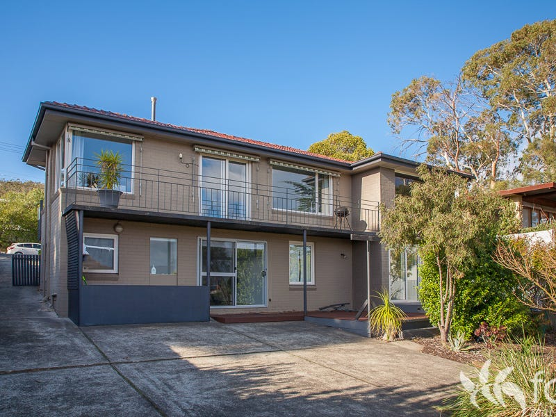 143 Carella Street, Howrah, Tas 7018