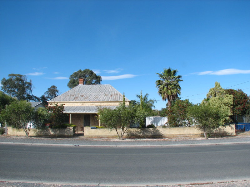 27 Trevena Road, Tailem Bend, SA 5259
