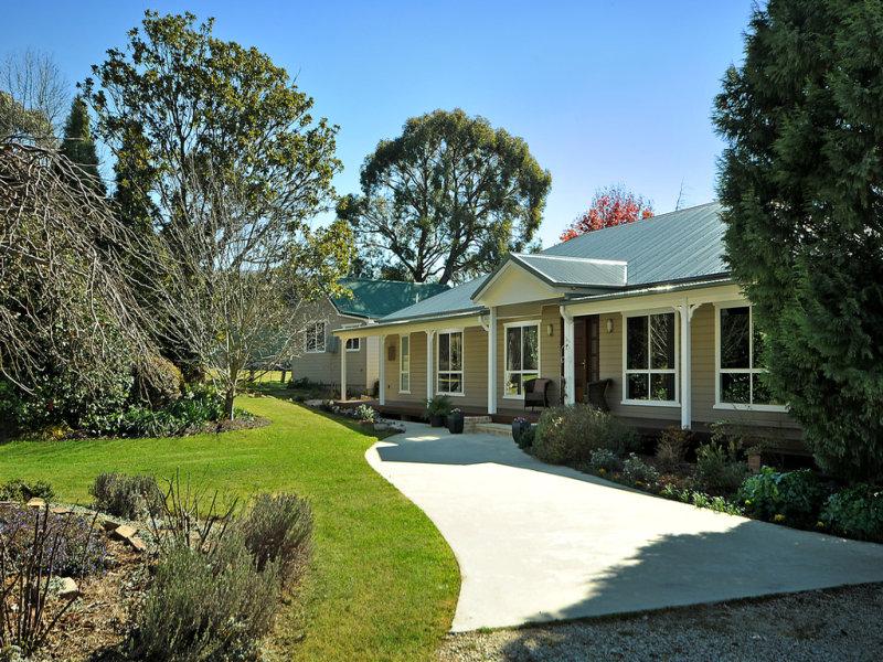 52 Oakey Forest Road, Marrangaroo, NSW 2790