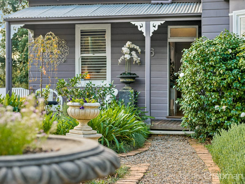 16 Lucasville Road, Glenbrook, NSW 2773