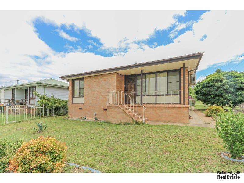 2 Arunta Street, South Bathurst, NSW 2795