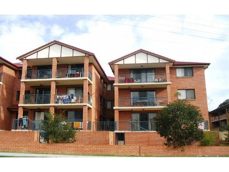 4/174 Chapel Rd, Bankstown, NSW 2200