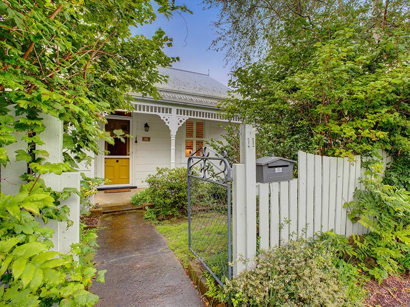 11 Elizabeth, Moss Vale, NSW 2577