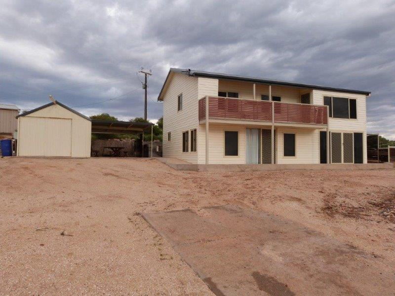 6 /6a Penglase Court (upstairs & downstairs), Commissariat Point, SA 5700