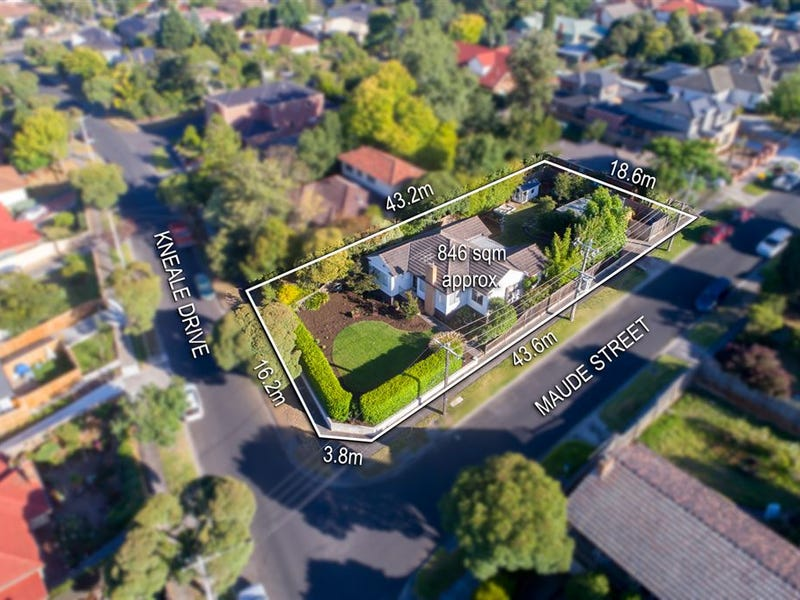 11 Kneale Drive, Box Hill North, Vic 3129