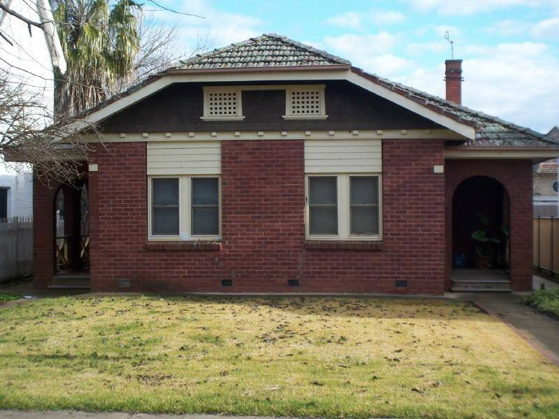33-35 Thompson Street, Cootamundra, NSW 2590
