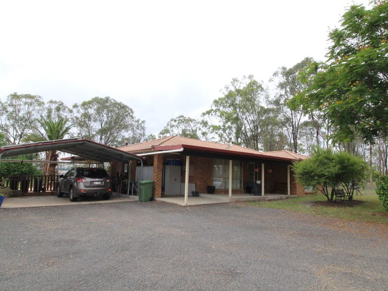 44 Lakeview Drive, Esk, Qld 4312