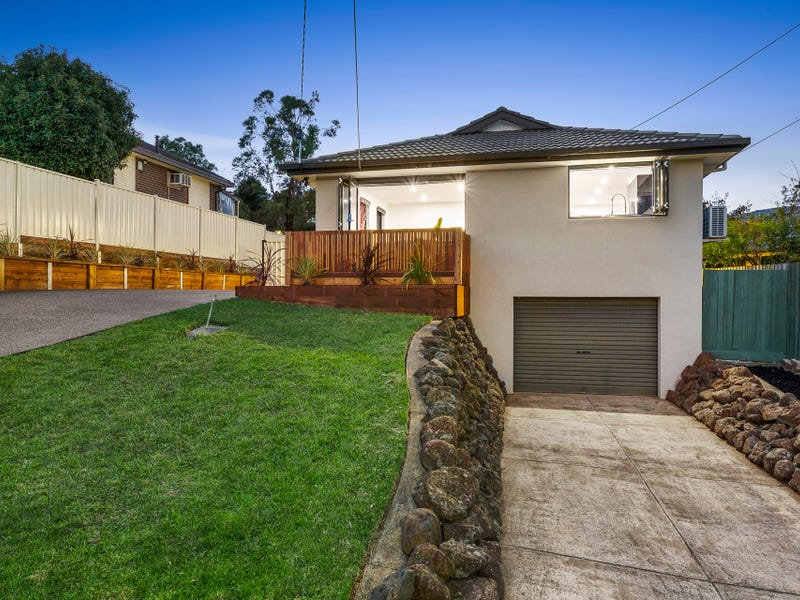 12 Brentwood Drive, Avondale Heights, Vic 3034