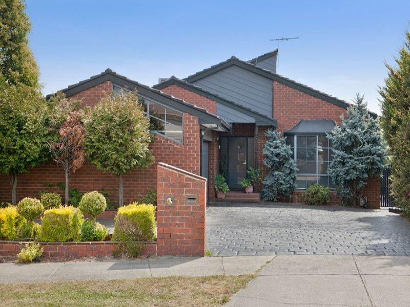 9 Monica Close, Endeavour Hills, Vic 3802
