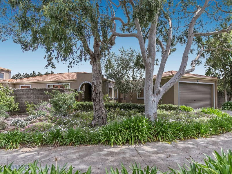 Unit 1, 126 Bentons Road, Mount Martha, Vic 3934