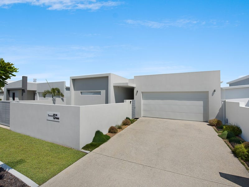 13 The Passage, Pelican Waters, Qld 4551