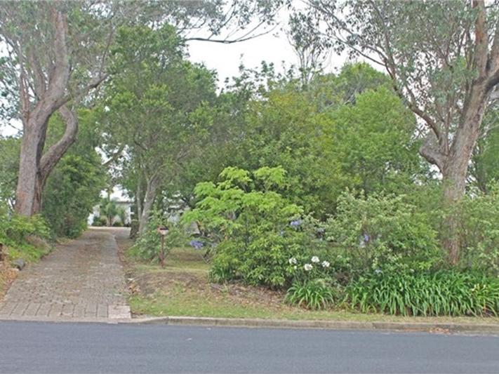 8 Shore Street, Moruya, NSW 2537