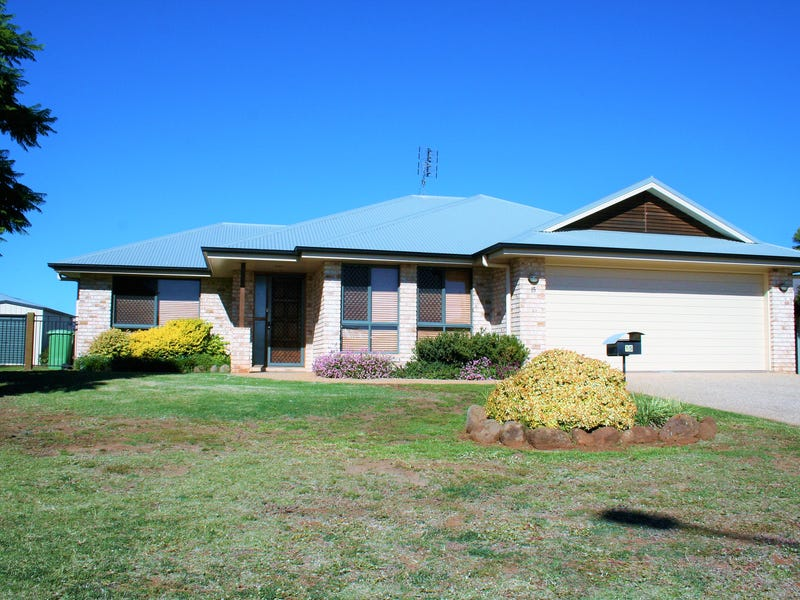 15 Lynne Court, Oakey, Qld 4401