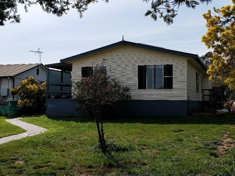 24 Lind Street, Gundaroo, NSW 2620