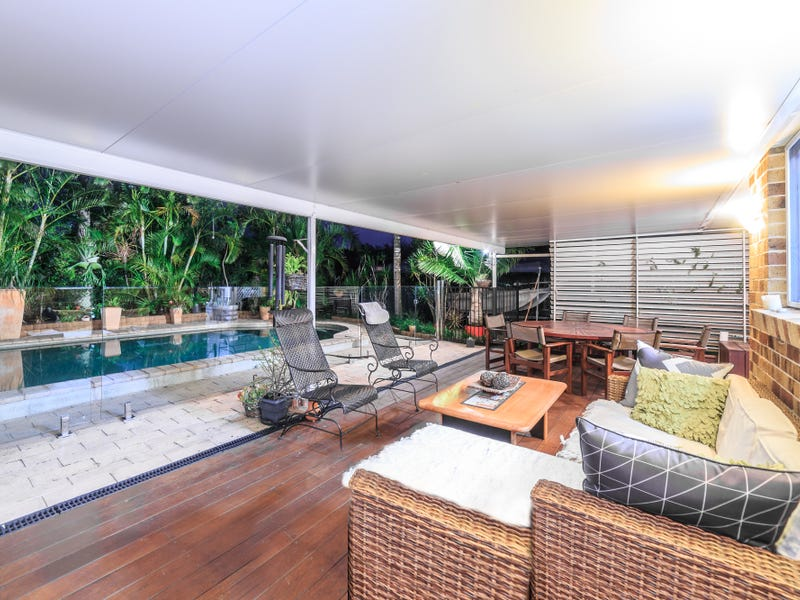 15 Lakewood Court, Helensvale, Qld 4212