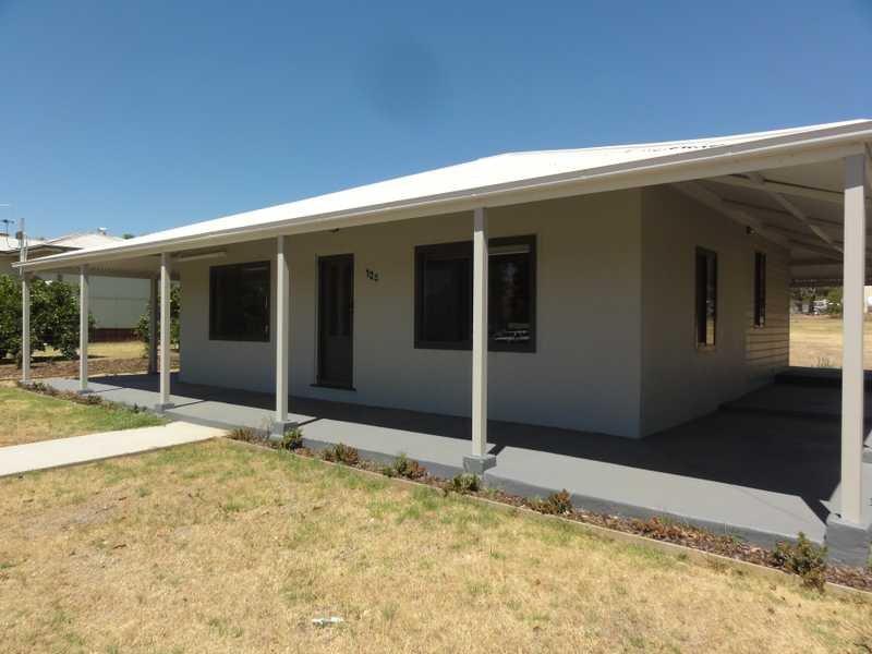 104 - 106 Mount Street, Gundagai, NSW 2722