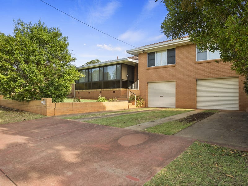 2 Dunmore Street, East Toowoomba, Qld 4350
