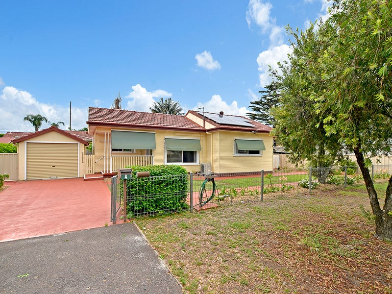 4 Cogra Rd, Woy Woy, NSW 2256