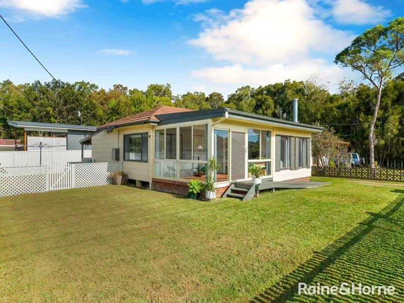 33 Kincumber Crescent, Davistown, NSW 2251