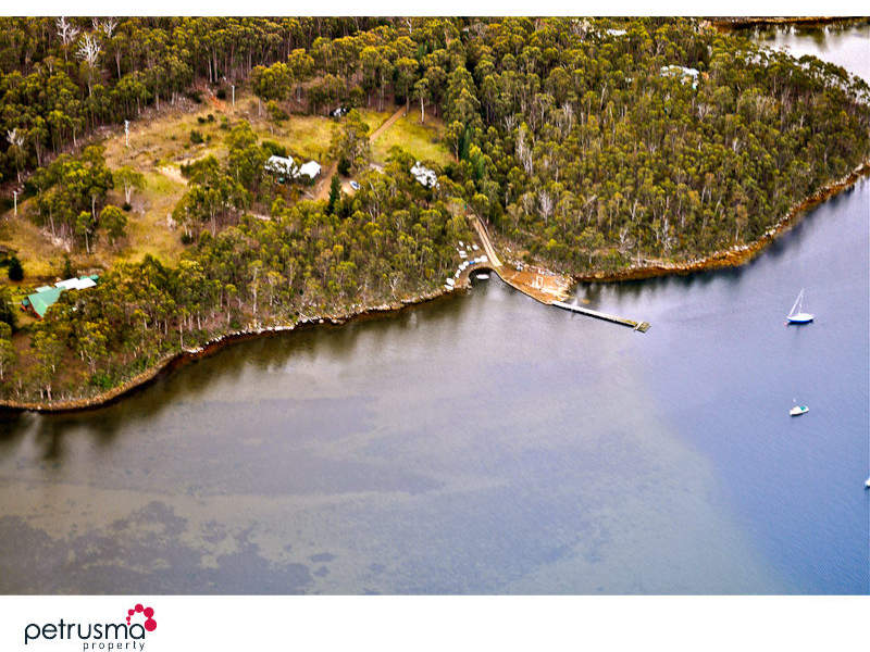 110 Benbows Road, Oyster Cove, Tas 7150