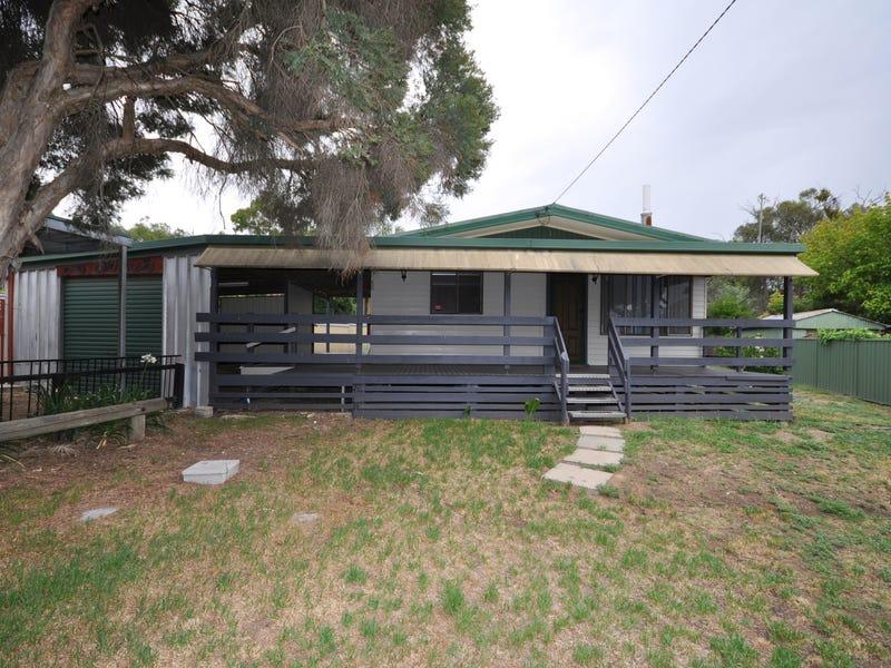 42 Urana Road, Burrumbuttock, NSW 2642