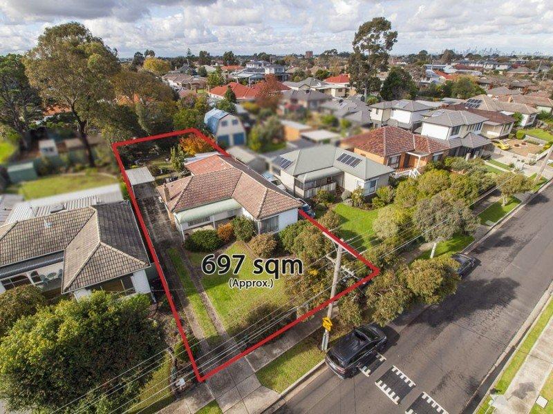 52 Augustine Terrace, Glenroy, Vic 3046