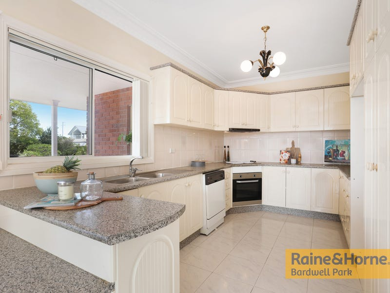 50 Earlwood Crescent, Bardwell Park, NSW 2207