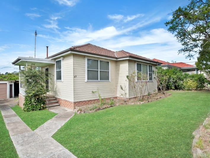 69 Robert Street, Tenambit, NSW 2323