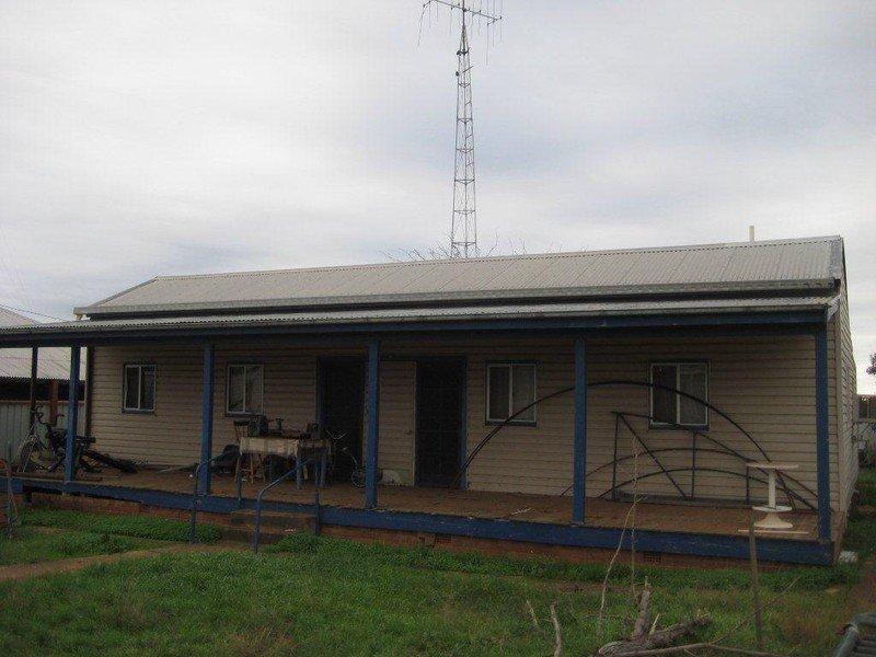 24 Haylock St, Tullamore, NSW 2874