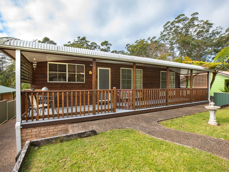 20 Cornfield Parade, Fishermans Paradise, NSW 2539