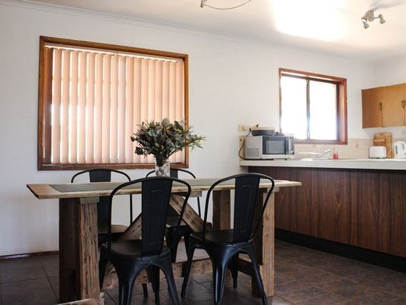 8 Cypress Place, Cobar, NSW 2835