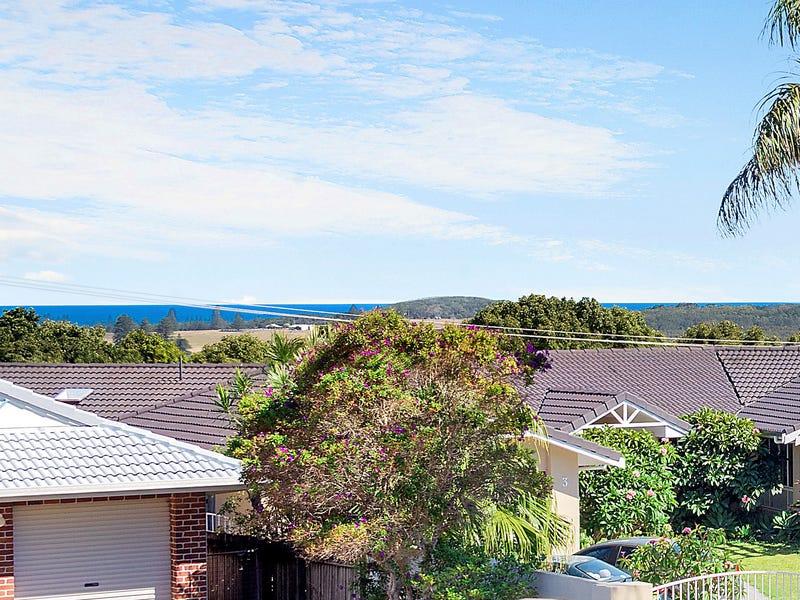 2 The Crest, Lennox Head, NSW 2478