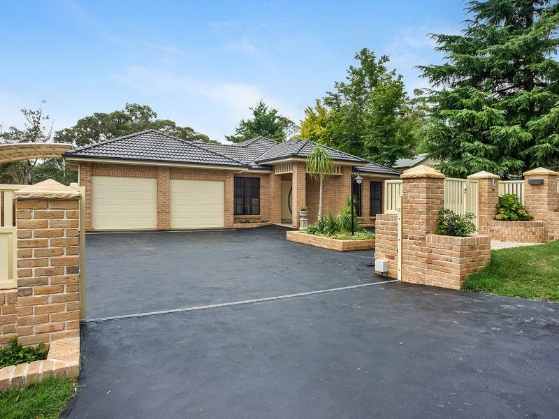 97 Queens Road, Leura, NSW 2780