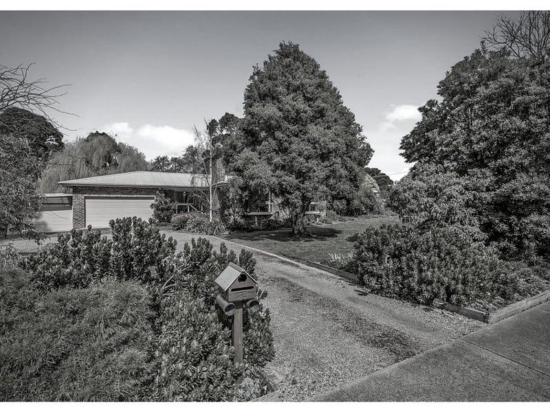 25 Cherry Lane, Gisborne, Vic 3437